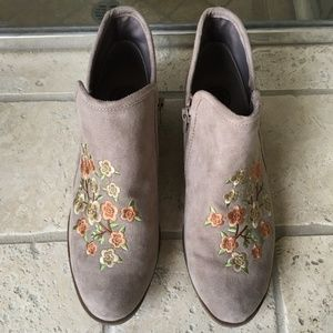SO Floral Ankle Boots-Women's Size 7